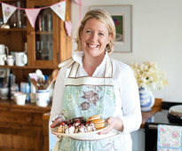 Miranda Gore Browne - The Big Thame Bake 2015 announcement from Cakes & Sugarcraft magazine