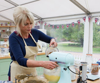 The Great Comic Relief Bake Off Joanna Lumley