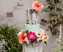Tropical wedding cake by Mericakes from www.cakesandsugarcraft.com