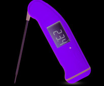 SuperFast Thermapen Thermometer at www.cakesandsugarcraft.com